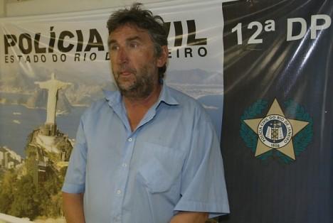 Alexander Bauersfeld bei seiner Verhaftung in Brasilien im Januar 2007 (Foto: Polizei v. Rio de Janeiro)