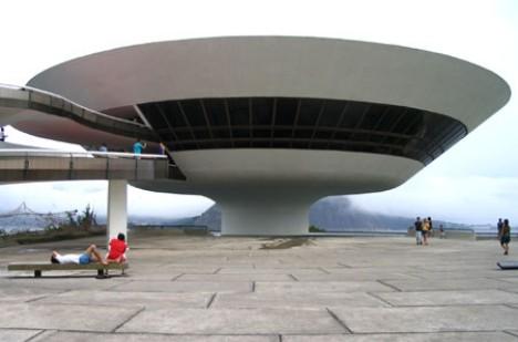 niemeyer-museo-niteroi.jpg