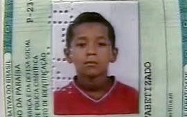 Der 9-jährige Kécio wurde beim Pflücken von Mangos erschossen (Foto: Screener TV Paraiba)