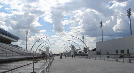 Noch fehlen Zuschauer und Aktive: Sambódromo in São Paulo wird renoviert (Foto: globo.com)
