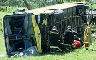 Mindestens neun Menschen starben bei dem Busunglück, darunter zwei Kinder (Foto: globo.com)