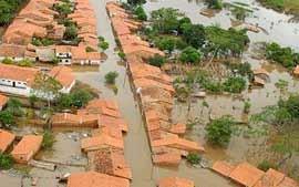 Land unter im Sertão, der trockensten Region Brasiliens (Foto: globo.com)