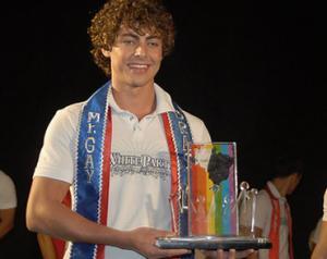 Der 22-jährige Marcos aus Goiás ist Brasiliens schönster Schwuler (Foto: Divulgação)