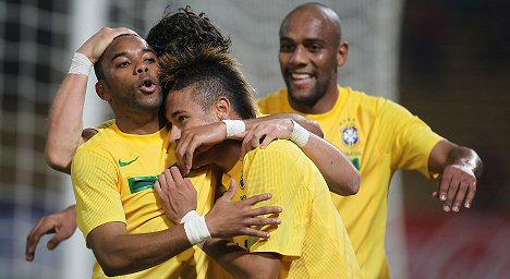 robinho-neymar
