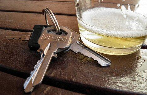 Bier und Schluessel, Alkohol am Steuer
