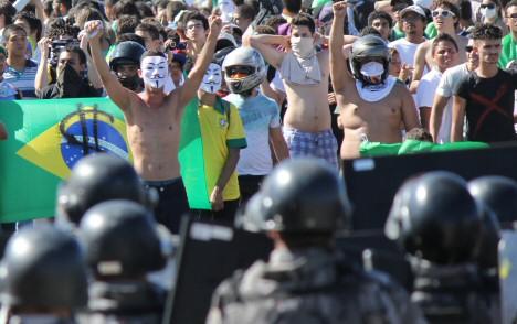 black-bloc-brasilien