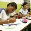 Großteil der Jugendlichen in befriedeten Favelas studiert oder arbeitet