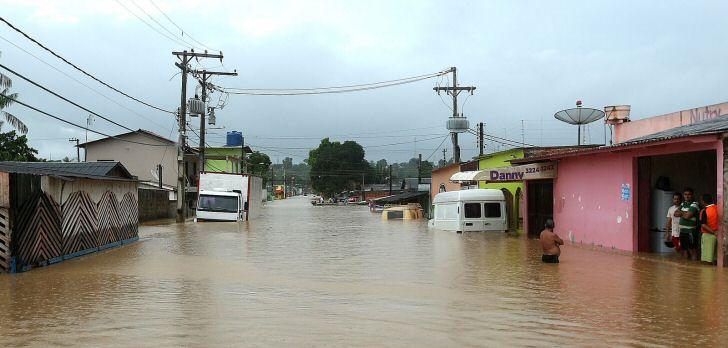 überschwemmungen-acre